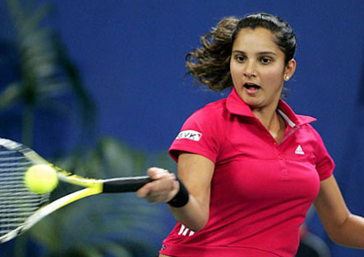 Oops: Sania Mirza Wardrobe Malfunction Picture Gallery ...