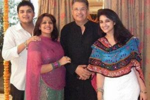 Parineeti Chopra Family pictures