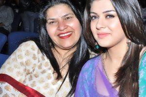Hansika Motwani With Mother
