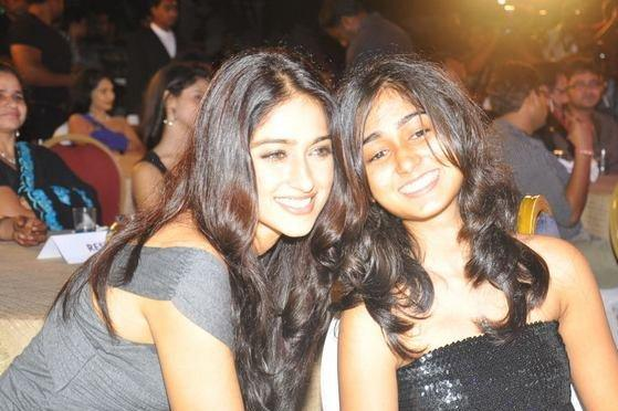 Ileana d'cruz with Sister Pictures