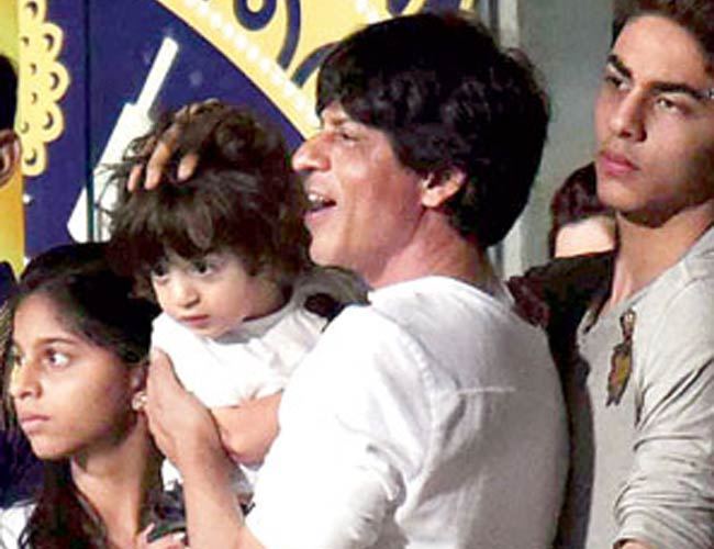 Shahrukh khan With Son Aryan Khan, AbRam Khan