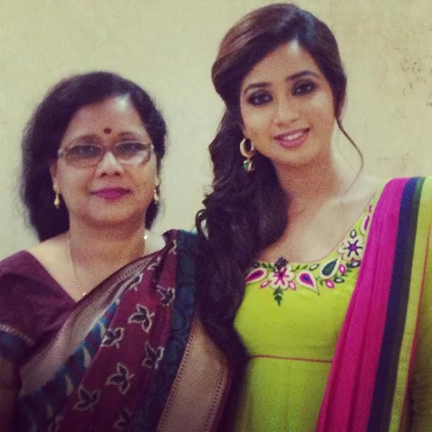 Shreya Ghoshal Mother