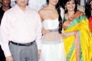 Shriya Saran father and mother