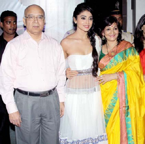 Shriya Saran father and mother