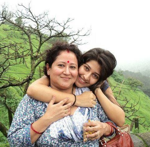 Sonarika Bhadoria Mother Pictures