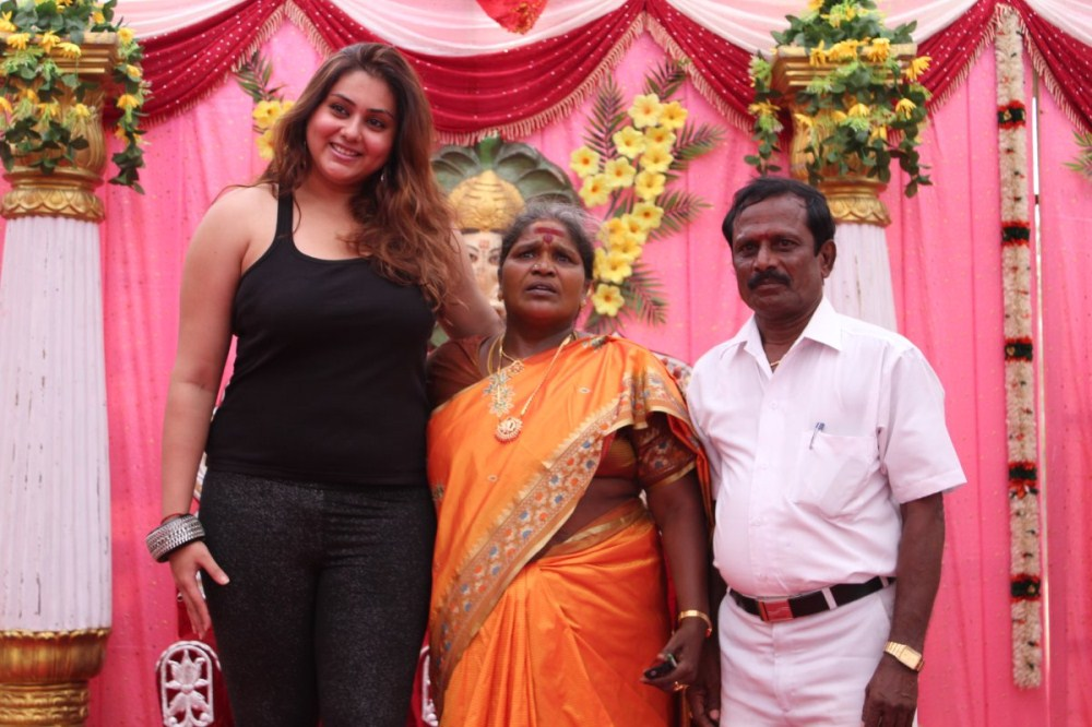 Tamil Actress Namitha Family Photos Upcoming Movies 2015-16