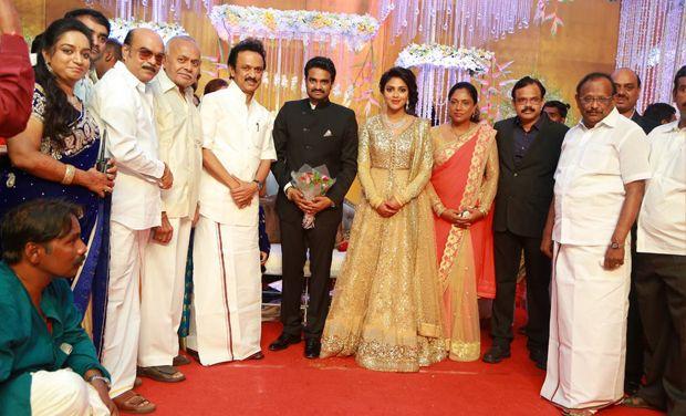 Amala Paul family group photos