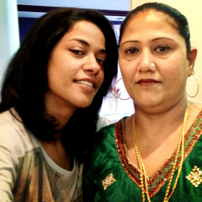 Mumaith Khan Family Photos Father Sister Name Tamil Hindi Songs List