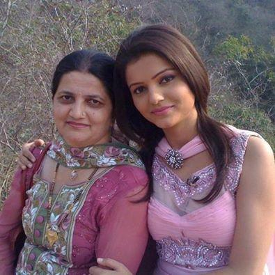 Rubina Dilaik Mother