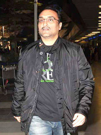 Karan Johar Family Tree Photos Background Father Mother Cousin Biography 02Karan Johar Family Tree Photos Background Father Mother Cousin Biography 02