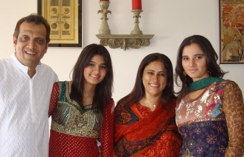 Sania Mirza Family Members Names Background Upcoming Tournament 2016 01