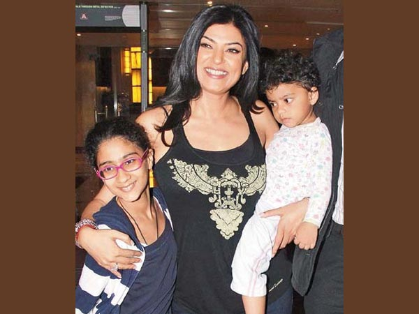 Sushmita Sen Family Daughter Sister Brother Husband Mother Kids Pictures