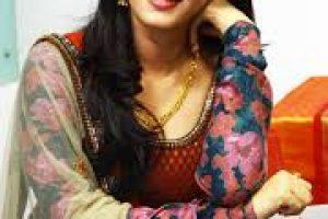 Anushka Shetty Family Members Photos, Husband Name, Father Mother