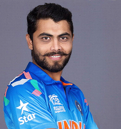 Ravindra Jadeja Family Pictures Background Father, Mother Sister