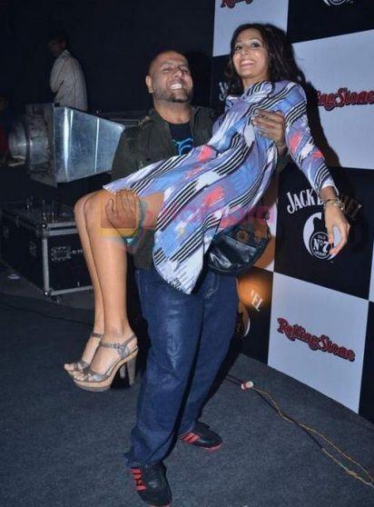 Vishal Dadlani Biography,Family Pics, Wife  Vishal Dadlani ...
