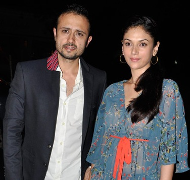 aditi rao hydari family background pics parents husband