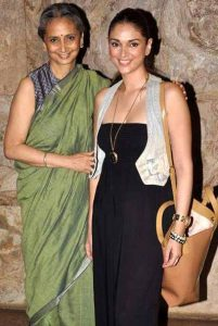 Aditi Rao Hydari with her mother Vidya Rao