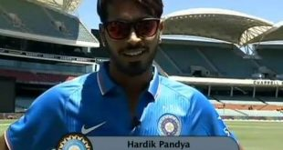 Hardik Pandya family background, girlfriend, father, mother, brother photos