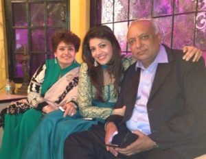 Kajal Aggarwal Family Photos With Father and Mother