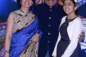 Shailesh Lodha Family, Wife, Daughter Pics, Biography (2)