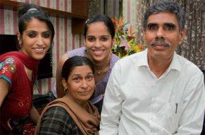 Saina Nehwal Father And Mother Name, sister photos