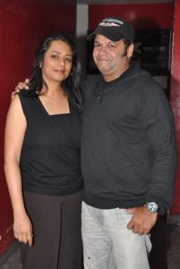 Suresh Menon Wife pictures