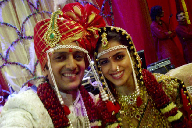 Riteish Deshmukh Family Photo Wife, Biography