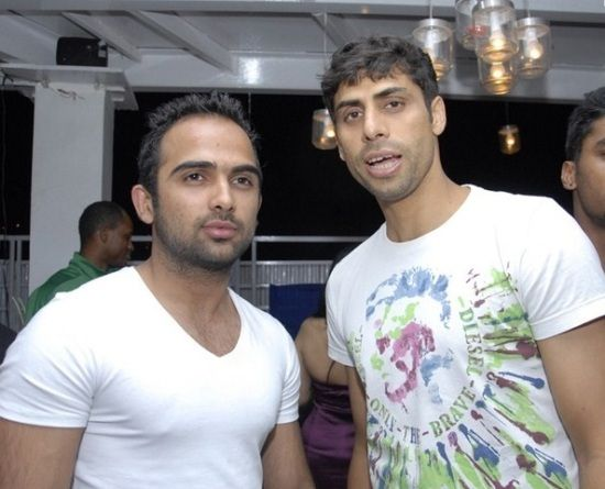 Ashish Nehra Family Background, Wife Name, Biography