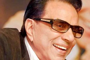 Dharmendra Net Worth 2018 In Indian Rupees