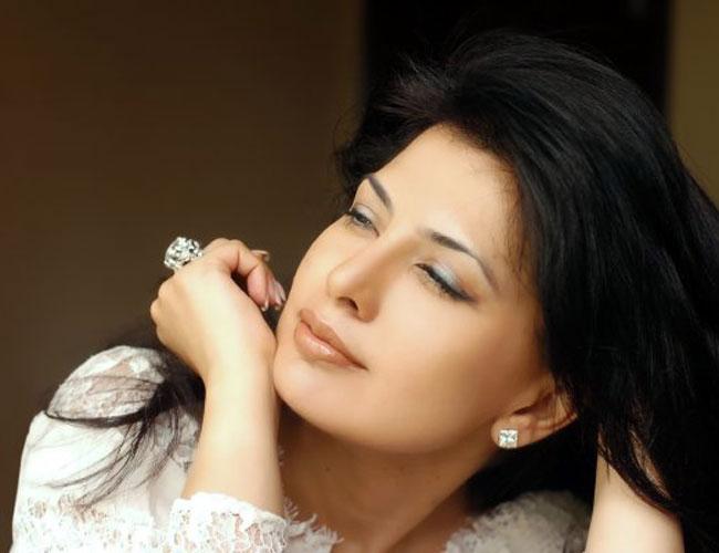 Fashion Designer Ritu Beri Biography, Design Collection, Husband