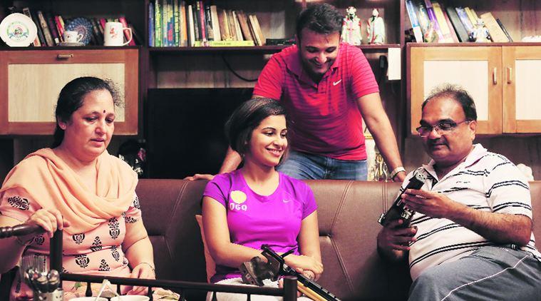 Heena Sidhu Family, Husband Name, Mother Photos, Biography