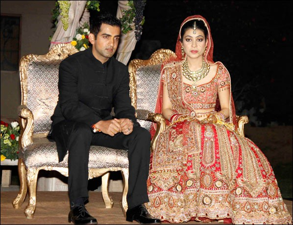 Indian Cricket Team Players With Wife Photos,5