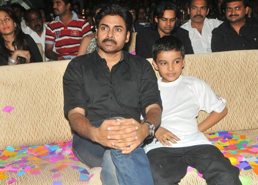 Pawan Kalyan Family Photos, Wife, Son, Age, Height