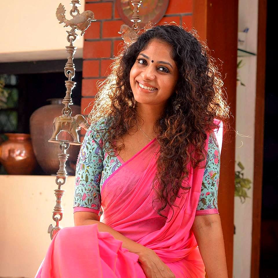 Poornima Indrajith Family Photos Age Height Biography DOB