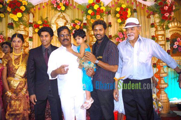 Prabhu Deva Family Photos, Wife, Father, Mother Name, Biography
