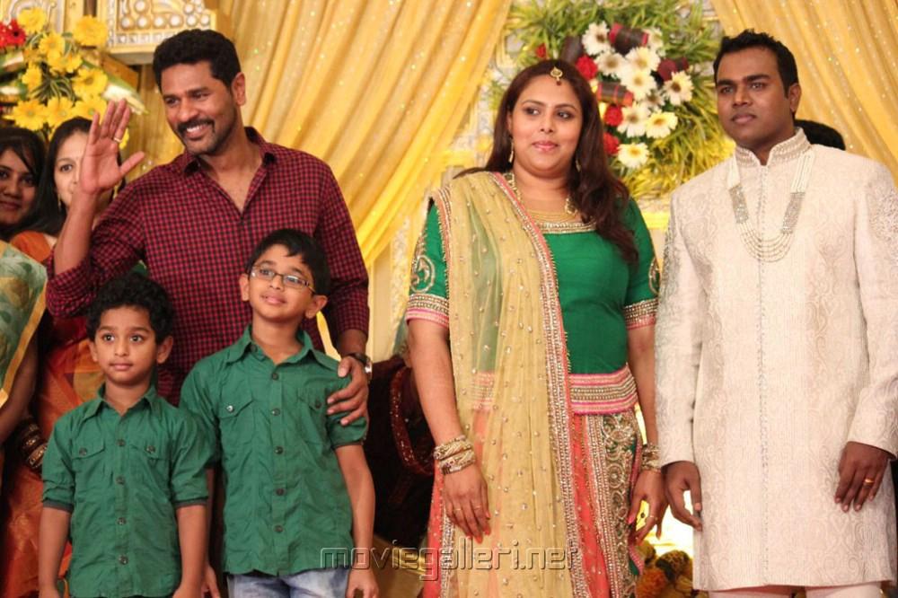 Prabhu Deva Family Photos, Wife, Father, Name, Age, Biography