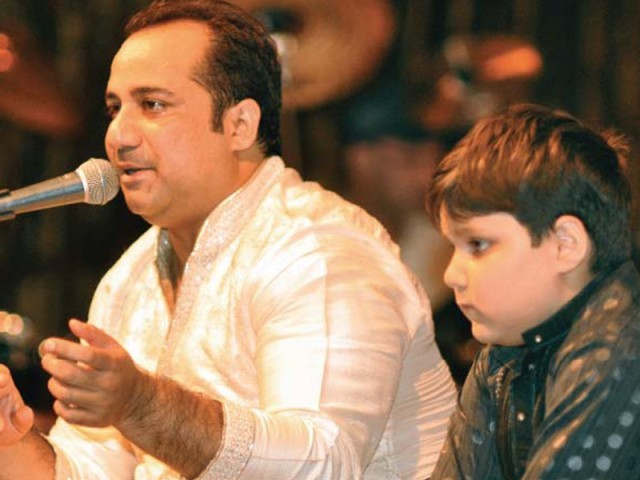 Rahat Fateh Ali Khan Family Pics Wife Son Age Biography
