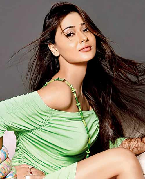 Sara Khan Family Pictures, Father And Mother Name, Husband, Age, Biography