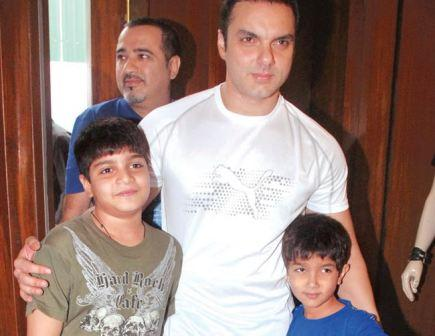 Sohail Khan Family Photo, Son, Father And Mother, Age, Biography