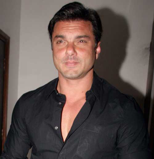 Sohail Khan Family Photo, Wife, Son, Father And Mother, Age, Biography