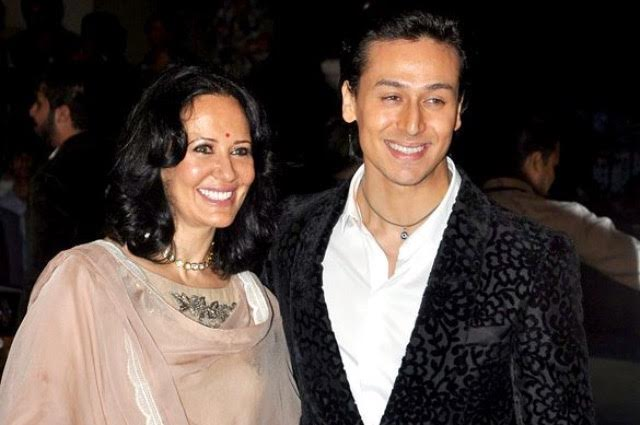 Tiger Shroff Family Photo, Father, Mother, Real Name, Biography