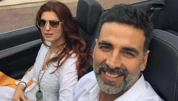 Twinkle Khanna Family Images, Mother, Husband, Son Name