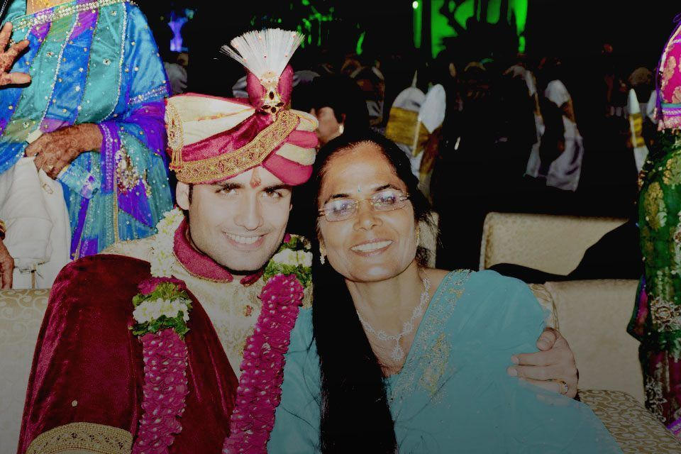 Vivian Dsena Family Photos, Father And Mother Name, Age, Biography