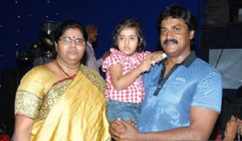 actor-sunil-varma-family-photos-wife-son-daughter-biography