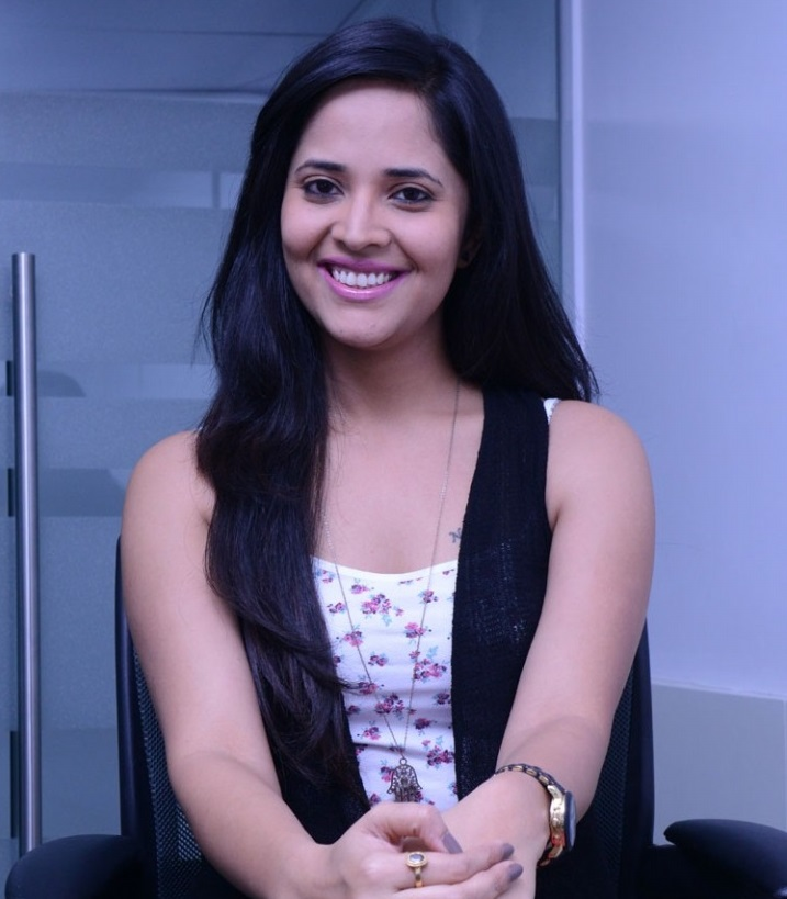 Anasuya Family Photos, Husband Name, Wiki Biography, Age