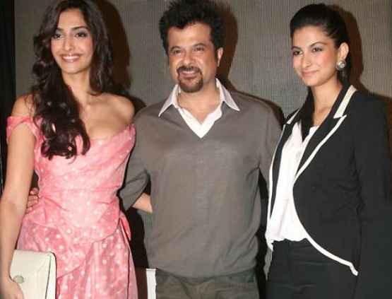 Anil Kapoor Family Photo, Wife, Daughter, Age, Biography