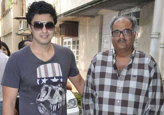 arjun-kapoor-family-photos-father-and-mother-age-biography