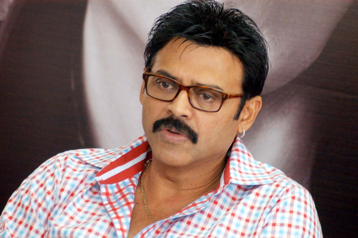 Daggubati Venkatesh Family Pictures, Wife, Son, Daughter, Father, Age, Biography