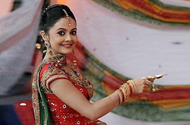 Devoleena Bhattacharjee Family Pics, Age, Husband, Height, Biography