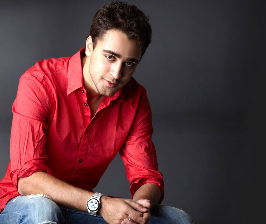 Imran Khan Actor Family Pics, Father, Mother, Wife, Age, DOB, Biography